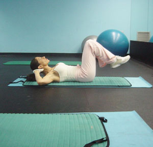Lower Ab Crunches Exercise 2